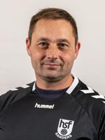 Chris Schuster : Træner Fodbold